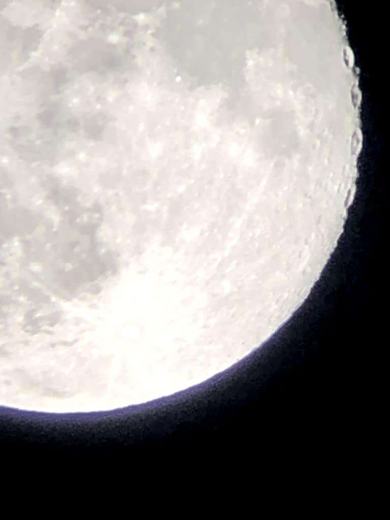 how to choose binoculars for stargazing